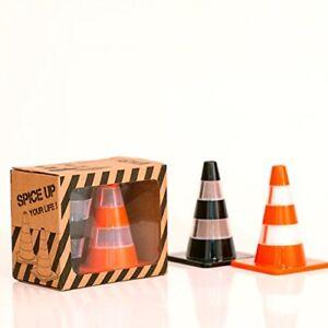 Design-Studio-Labyrinth-BCN-Novelty-Traffic-Cone-Salt-and-Pepper-Shakers-Set-of