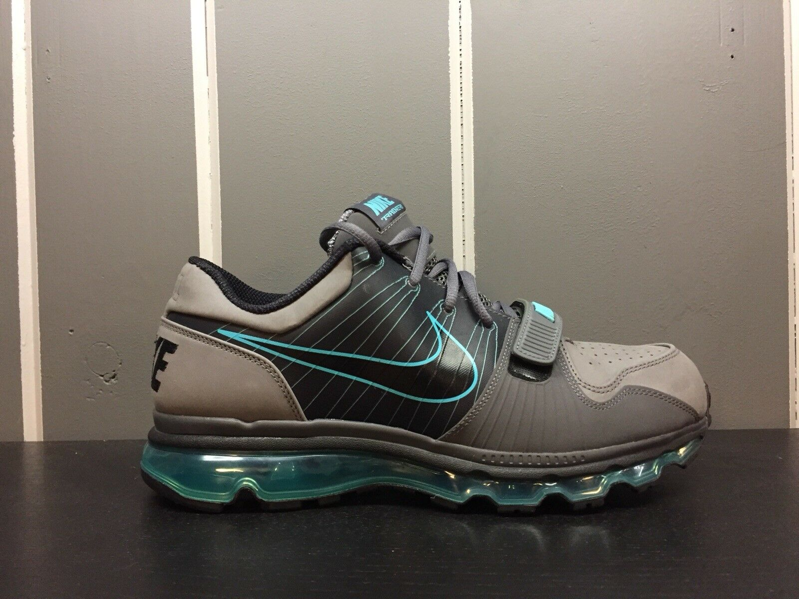 Nike Air Max Trainer 1 Running shoes Size 9.5 Men TR1 Flyknit Fly wire Cool Grey