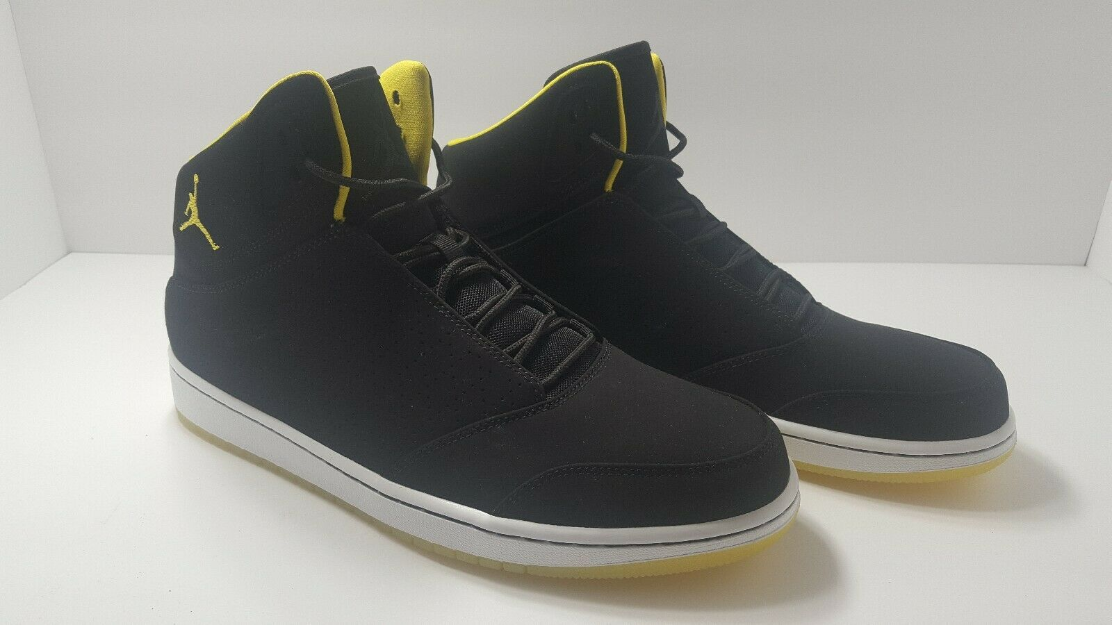 New Nike Jordan 1 Flight 5 Premium Basketball Black Yellow 881434-031 Size 12