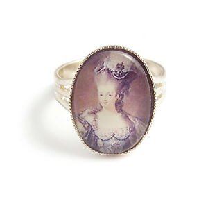 Marie-Antoinette-Let-them-EAT-CAKE-Queen-RING-silver-paris-french-france-charm
