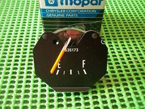NOS-MoPar-1972-73-74-75-76-77-78-79-80-Dodge-Truck-D100-Ramcharger-Fuel-Gauge