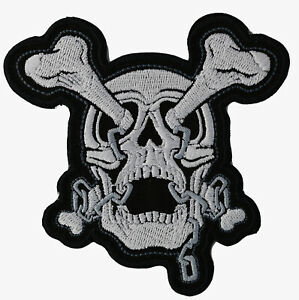 WHITE SKULL CROSSBONES ROCK PUNK BIKER Embroidered Iron on Patch Free Postage