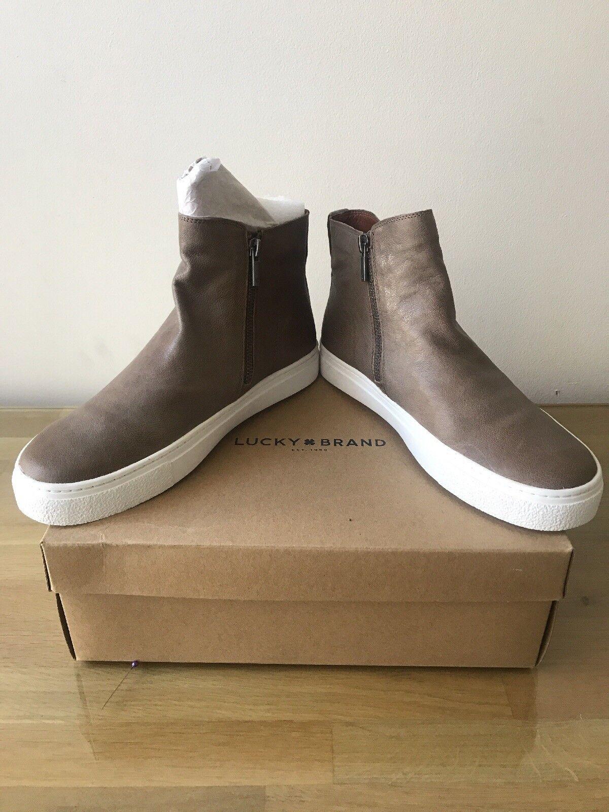 Lucky Brand Bayleah High Top Fashion Sneaker, Leder Upper, Größe 9.5M