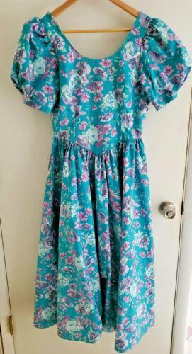 Vintage Laura Ashley Floral Tea Cottagecore Dress