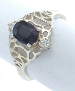 Vintage-Women-Size-7-5-US-Synthetic-Sapphire-Stone-Sterling-Silver-Ring-G719