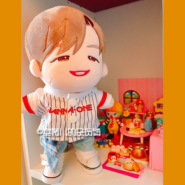 Hand-made Kpop wanna one Doll Clothes Baseball T-shirt Ripped jeans Cosplay Be