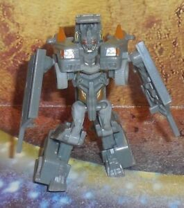 Transformers Dark of the Moon Barricade complet Cyberverse Légion Dark of the Moon