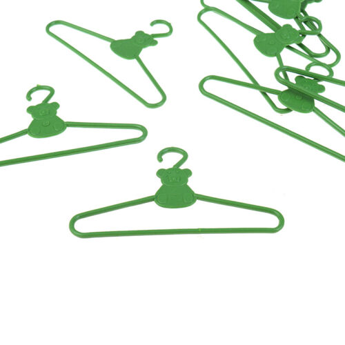 12PCS Lot Lovely Green Hangers Dollhouse Miniatures Mini Clothes AccessoriesBH