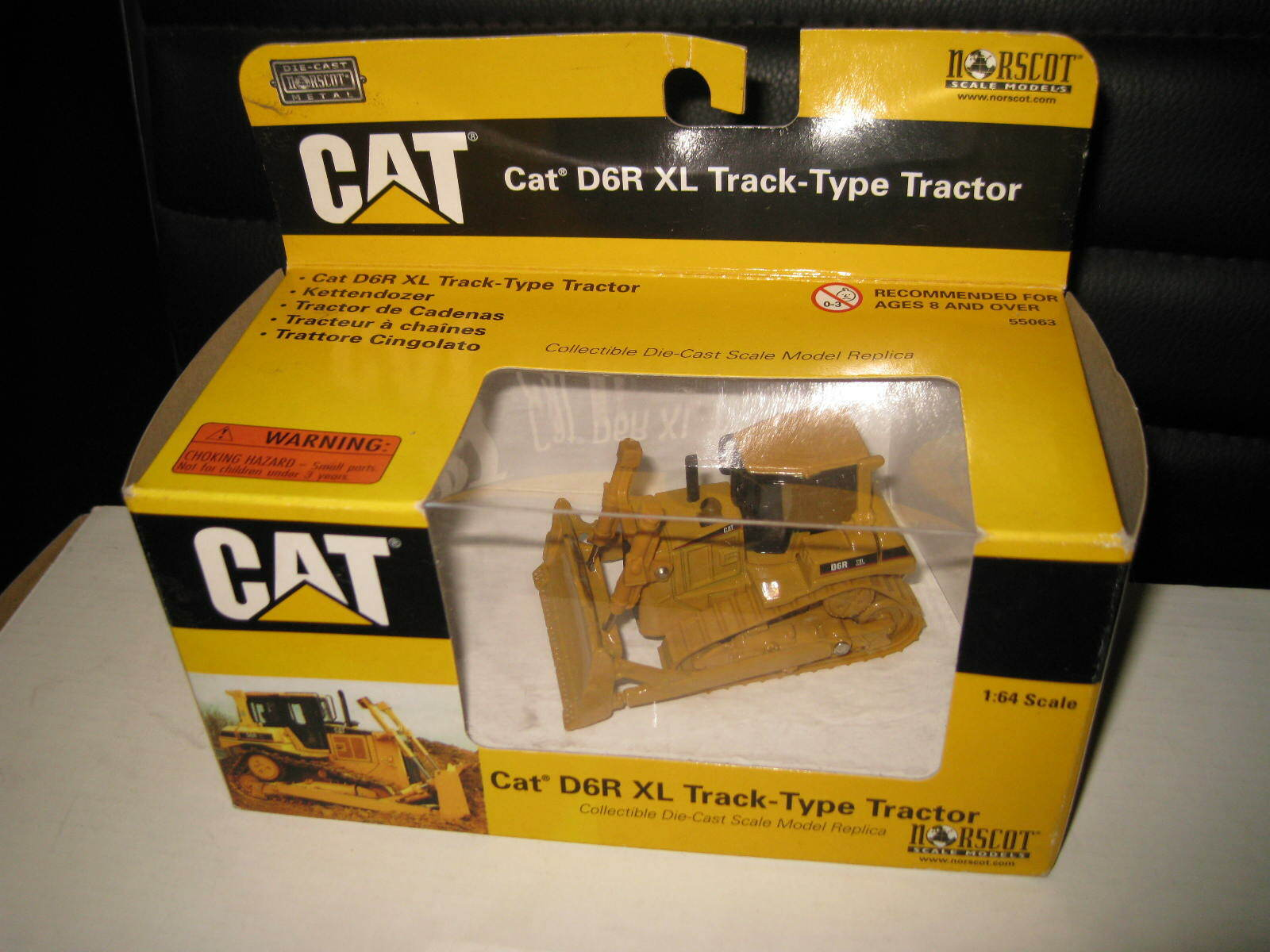 Caterpillar D6R Series II Crawler Dozer Dealer/'s Brochure DCPA4