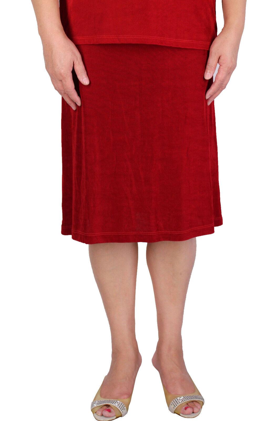 Women's Red Elastic Waist Short Skirt Slinky Travel Knit Made In USA S-2X Plus