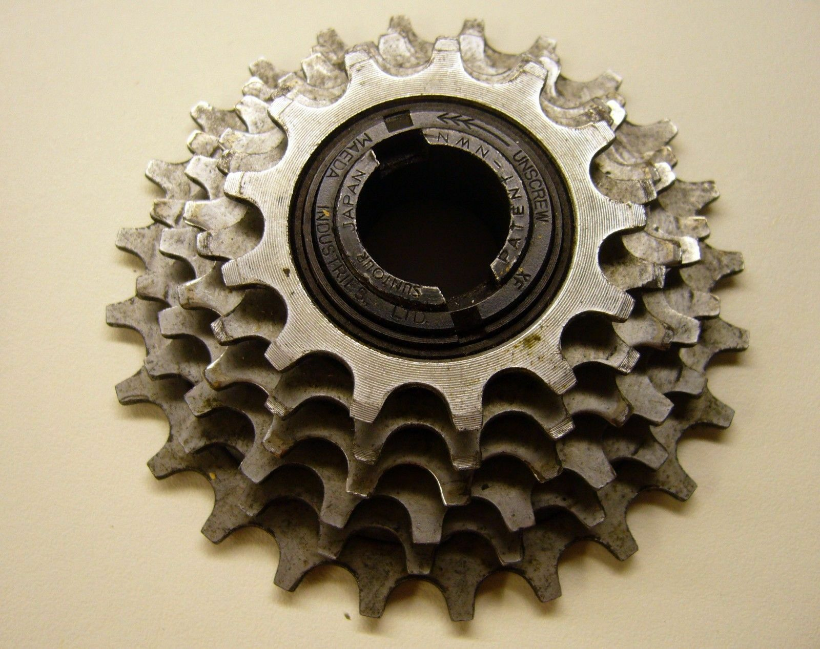 Vintage Suntour 6  speed freewheel  discounts and more