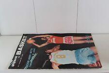 rivista GIGANTI DEL BASKET 1971 numero 1 CON INSERTO