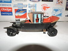 AMT Munsters Koach Junkyard Car 1/25