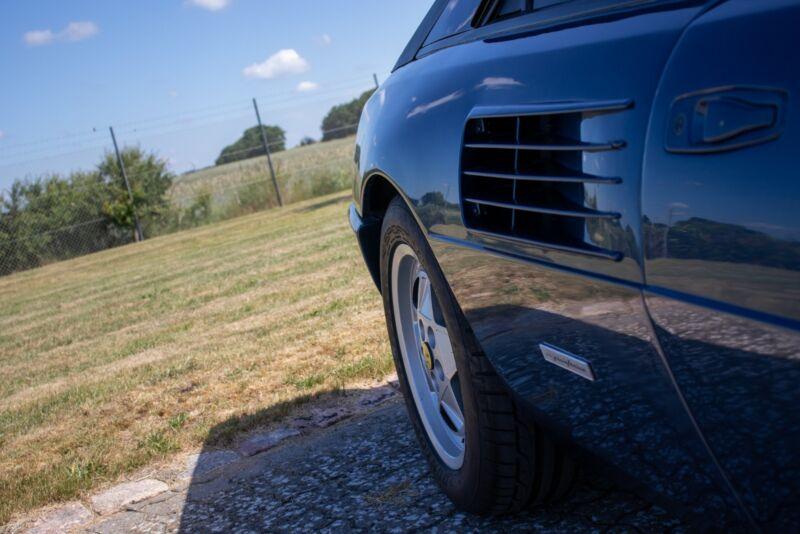 Ferrari Mondial t - 7