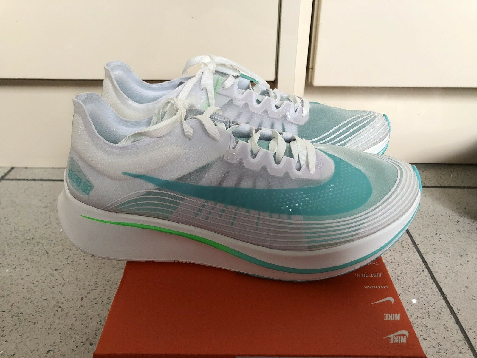 Brand New Nike Zoom Fly SP SP SP Running Trainers shoes White Rage Green fd9f75