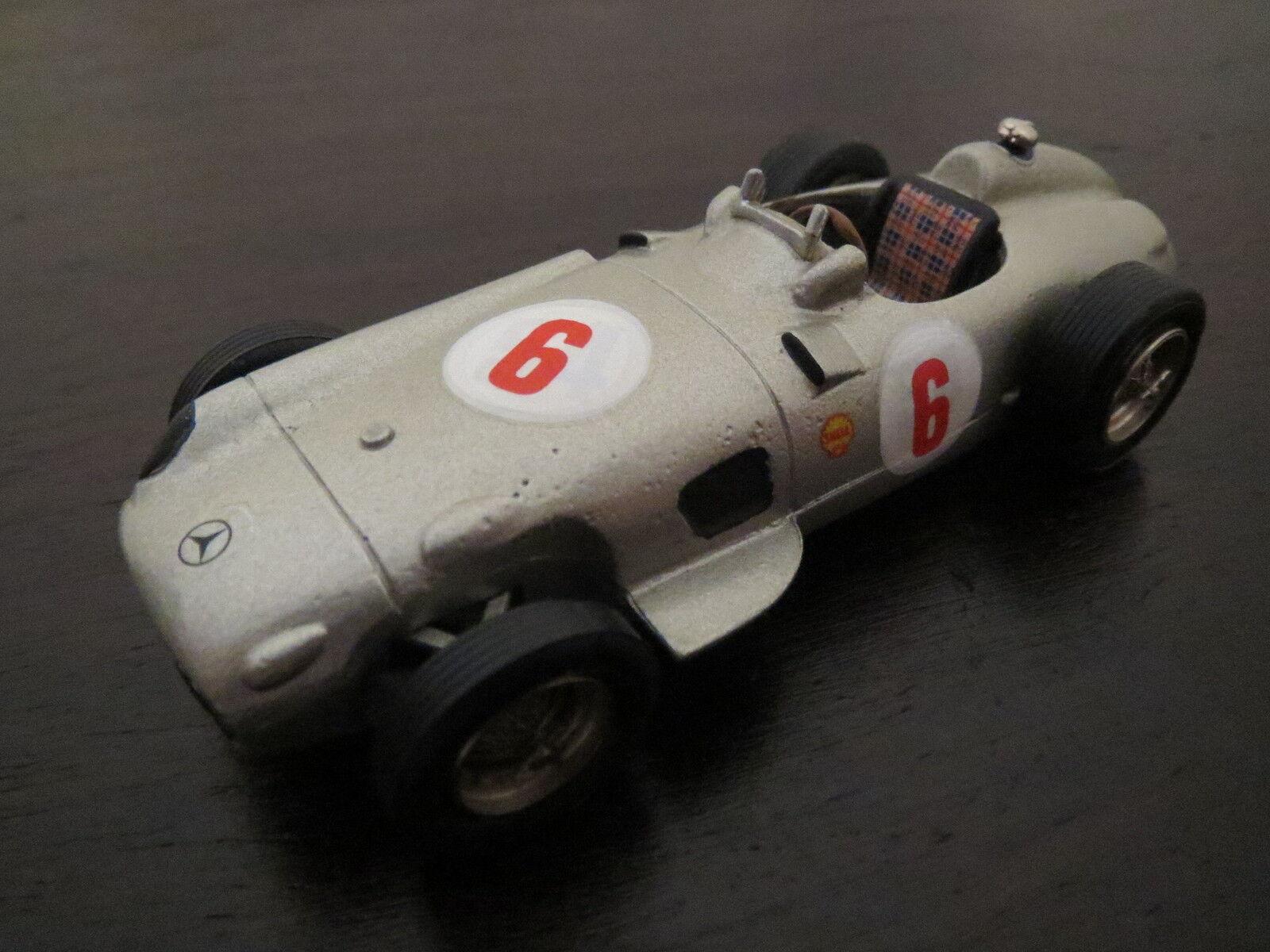 Rareza  clásico mercedes benz auto de carreras, argento, 1 43, top