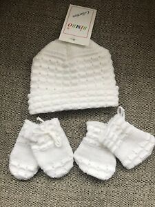 29e3c4fcd1d Image is loading White-unisex-knitted-Baby-hat-mittens-amp-booty-