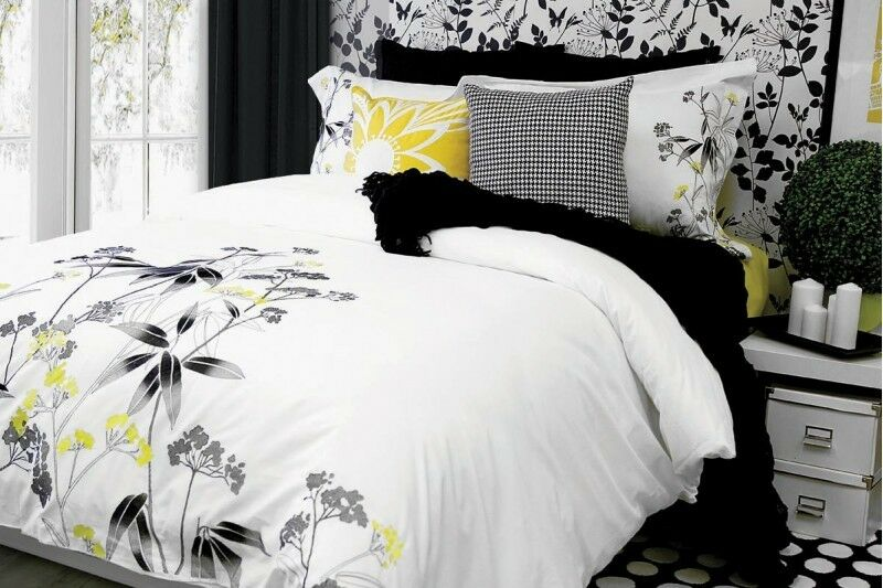 Tiana Embroidered 3 Pcs Duvet Cover Shams 100% Cotton 220 Thread Count