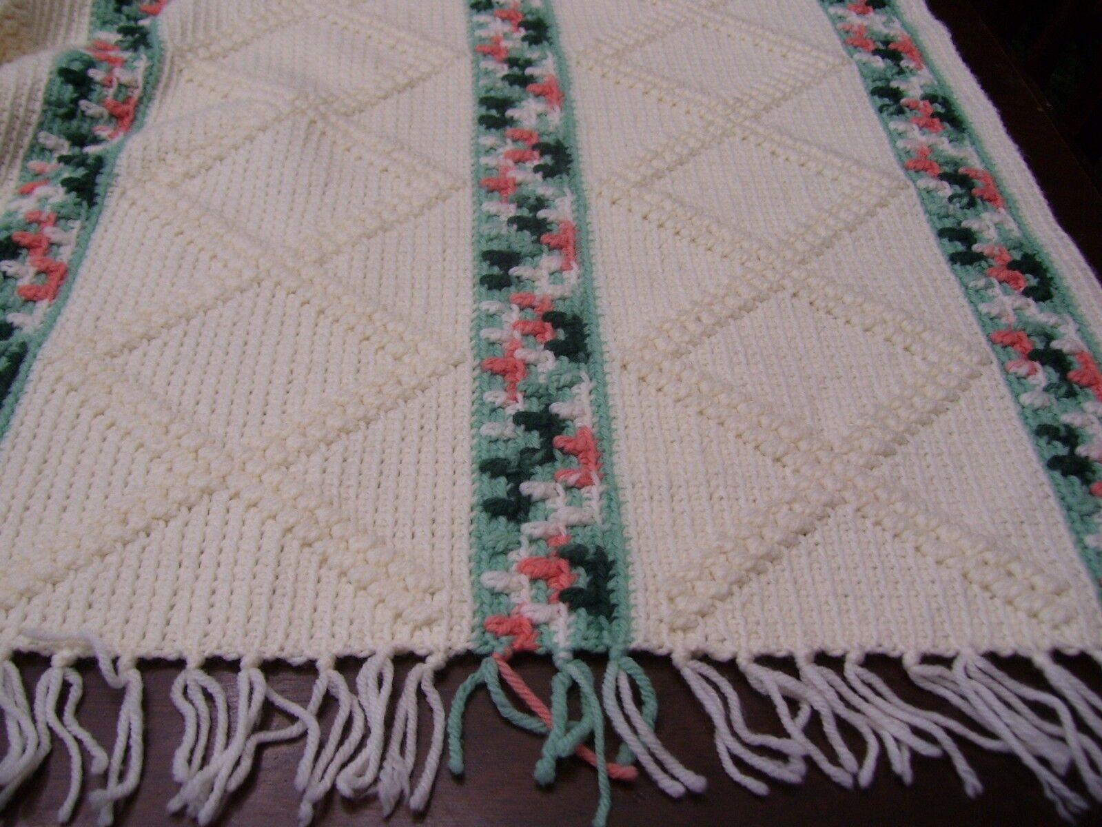 VTG Crochet Afghan Throw Blanket Raised Braid Fringed Beige Peach Green 61