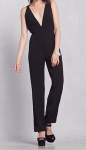 NWT-248-Reformation-Selma-Plunging-Jumpsuit-Size-Medium-Black