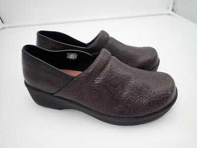 Safetstep Women's Clogs Brown Size 9 M Elegant Shape Comfort Shoes