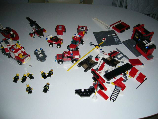 LEGO CITY FIRE SERVICE ALL AS IN THE PHOTOS
