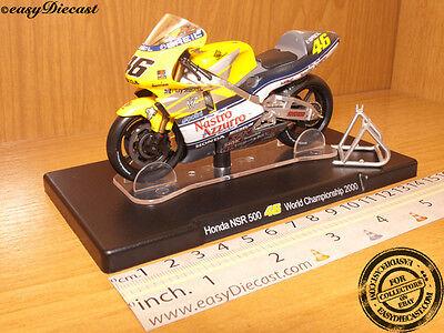 HONDA NSR 500 1/18 VALENTINO ROSSI MOTO-GP 2000 #46