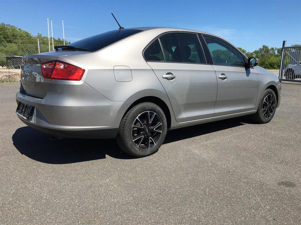 Seat Toledo 1,0 TSi 95 Reference Benzin modelår 2018 km