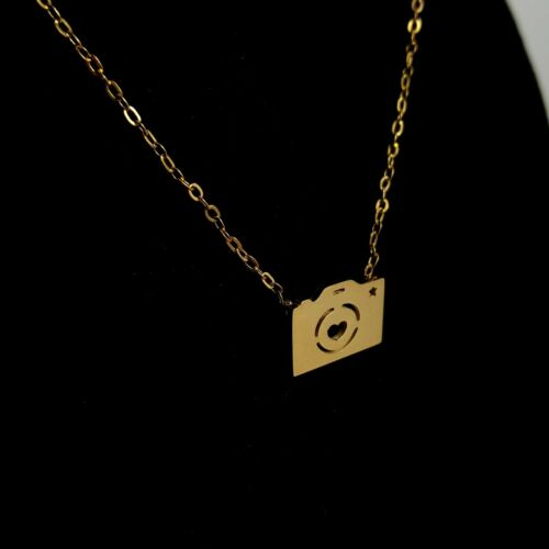 Camera GOLD Dainty Necklace Heart Pendant Necklace in Gift Box DSLR Photo Pic