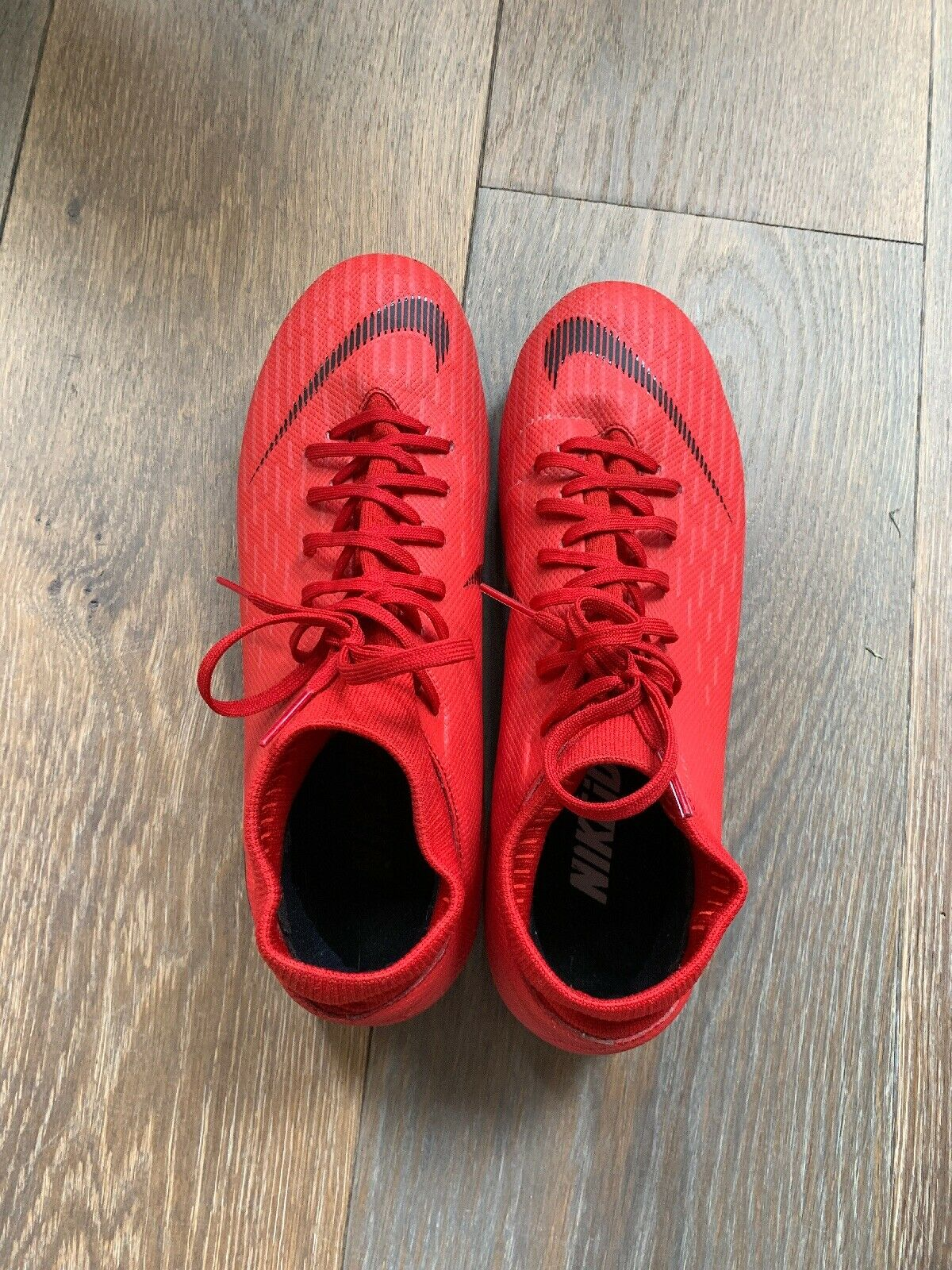 Mens 7.5 Dimensione Soccer Outdoor Cleats Used Once In Excellent Condition