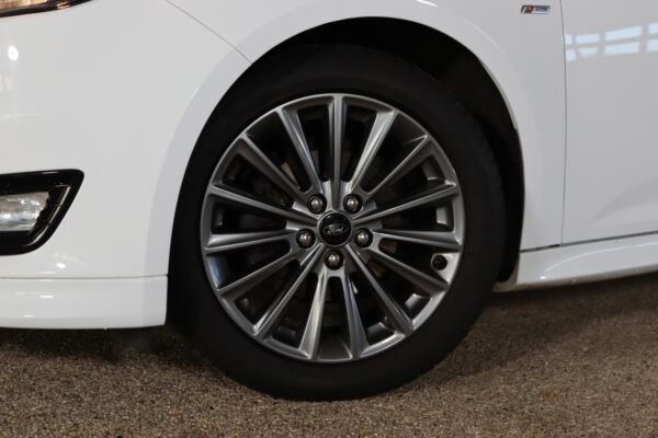 Ford Focus 1,5 TDCi 120 ST-Line stc. billede 5