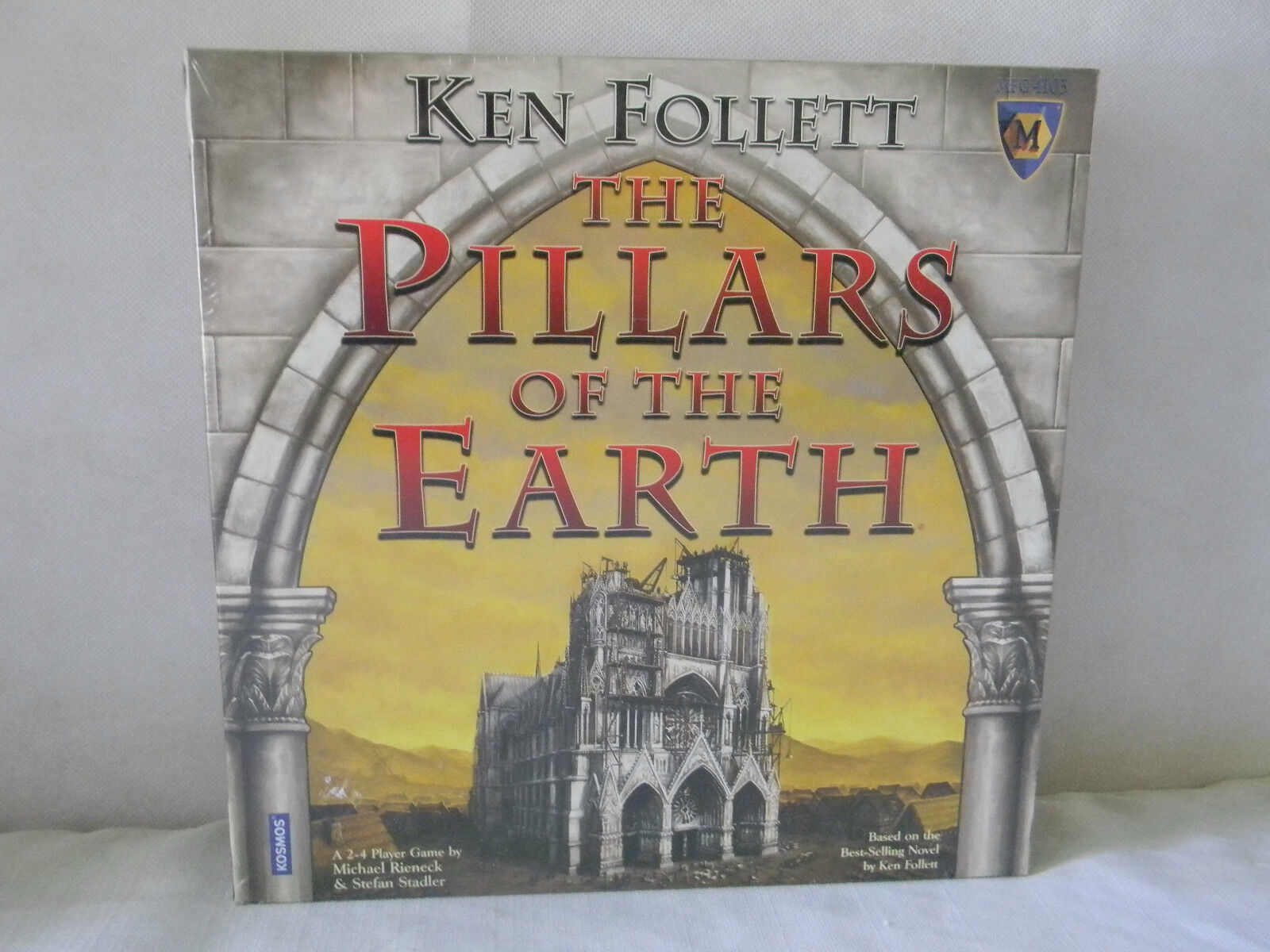 THE PILLARS OF THE EARTH BOARD GAME BRAND NEW FACTORY SEALED KEN FOLLETT