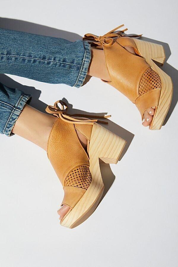 Free People Revolver Clog Sandal Sandal Sandal Natural Sz 37  till salu