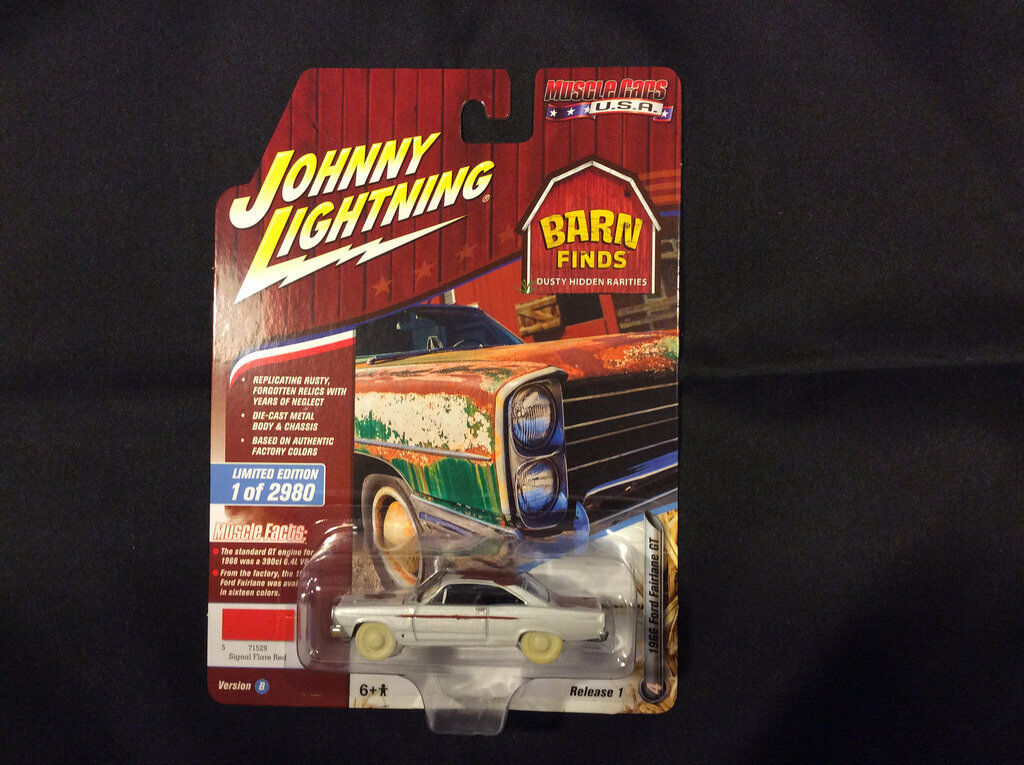 Johnny Lightning JLMC012 Muscle Car 1966 Ford Fairlane GT Ver B blanc CHASE