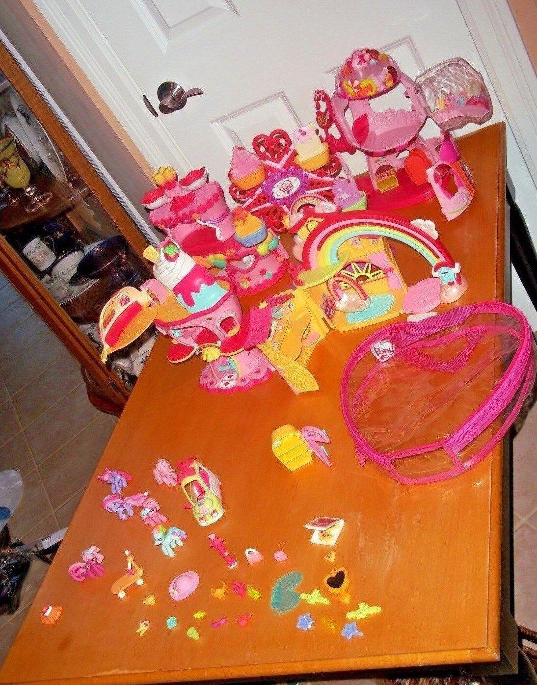 Mis coleccionistas de ponis coleccionan más más más juguetes y ponis. 9fe