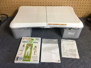 Wii Fit Plus Game & Balance Board Everlast Risers Pink Cover Biggest Loser Nice