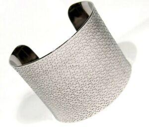 Wide-Cuff-Bracelet-Hypoallergenic-Surgical-Steel-with-Design