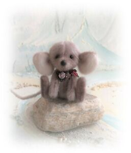 3-034-Faux-Fur-Little-Baby-Mouse-OOAK-jointed-Artist-Bear-one-off-Design