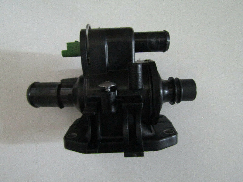 FORD FOCUS 1.4 DIESEL THERMOSTAT HOUSING
