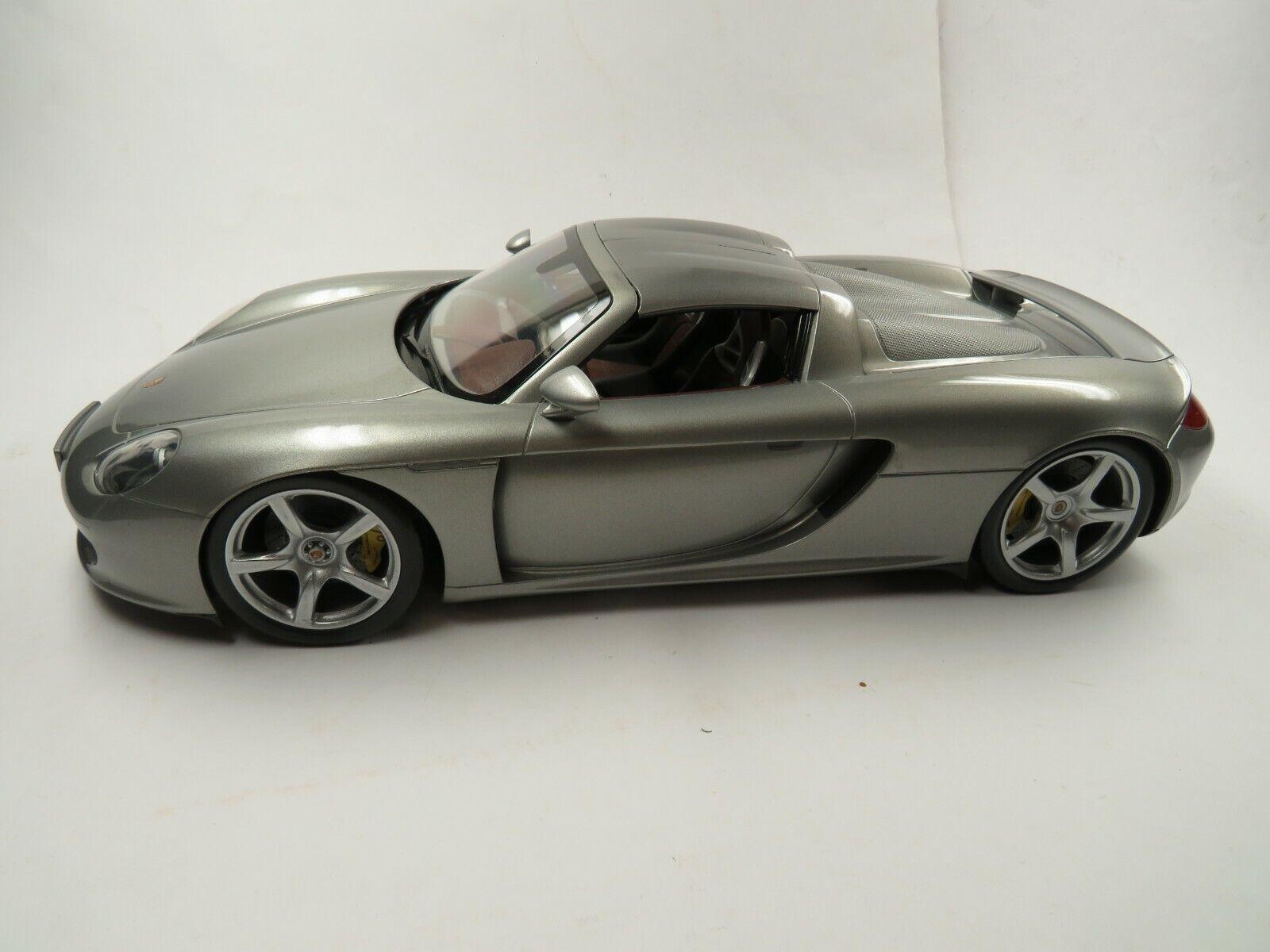PORSCHE CARRERA GT Modelll 1 12 von Autoson - ist 39 cm gross