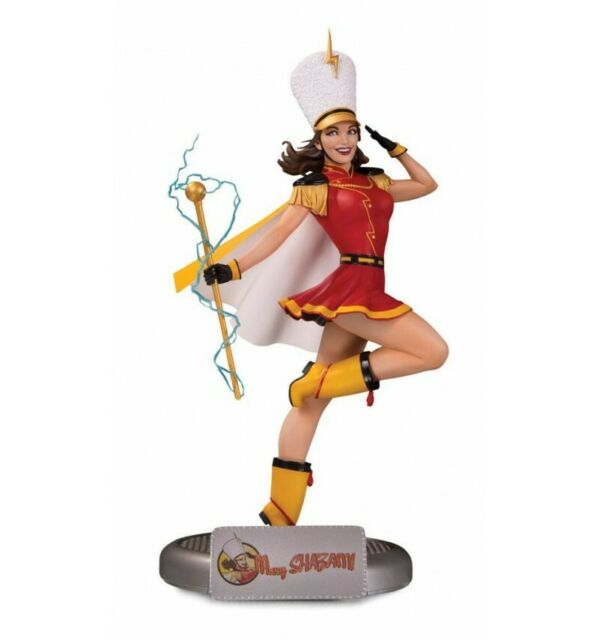 DC Collectibles - Bombshells - Mary Shazam!
