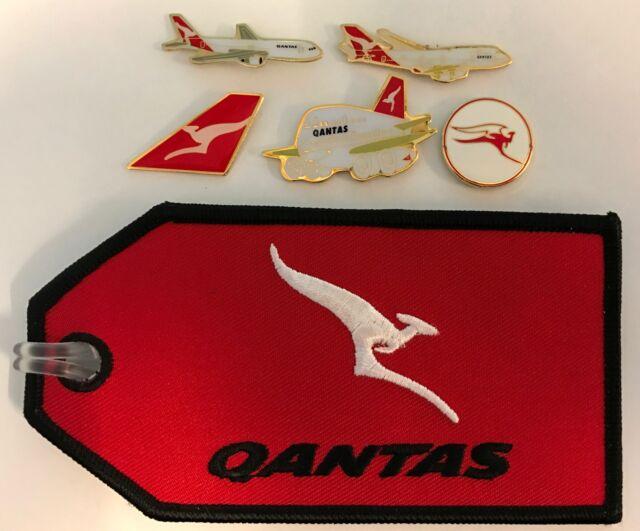 SET LUGGAGE TAG PLUS 5 PINS QANTAS AUSTRALIA AIRLINES PLANE AVIATION PIN BADGE