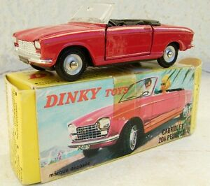 Peugeot 204 Dinky Toys 1.43e Métal Fabrication Années 60 Boite D'origine