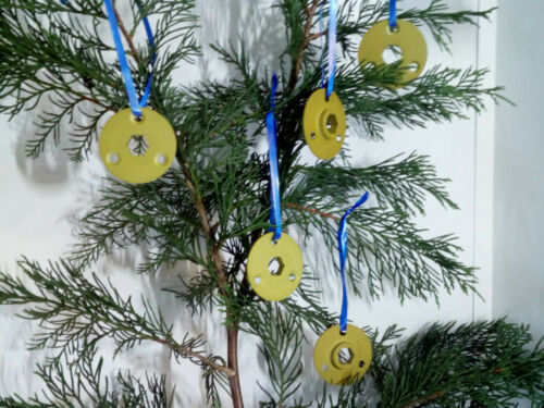 AVRO Vulcan B2 - Christmas Tree Decorations ~ Ring Locks ~ 3 pks for price of 2