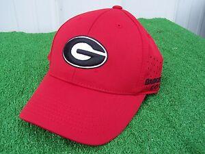 Bridgestone Golf UGA Georgia Bulldogs Fitted One Fit Perforated Golf ... 86527456661