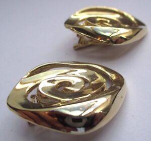 SéRieux Boucles D'oreilles Bijou Rétro Clips Couleur Or Top Qualité Relief Brillant 2755