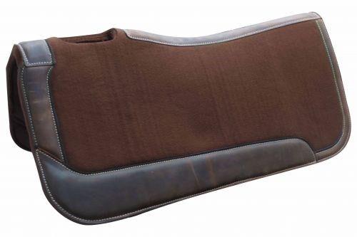 Showman 31 X32  marrón pesado deber Silla De Fieltro Pad con cueros desgaste nuevo Tachuela del caballo
