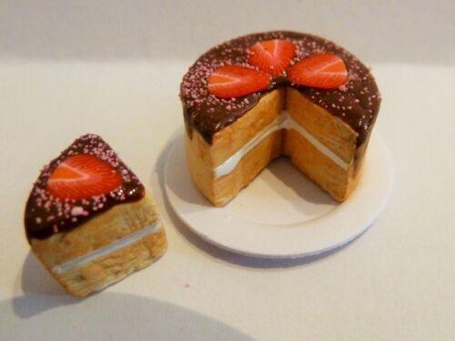 Maison de poupées miniature Food P tranchés Chocolat Strawberry Cake Plaque Combiné P