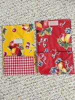 Retro Laminated Oilcloth Yellow / Red Lunch Bag Tote Food Storage Set Of 2