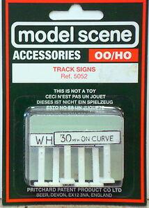 Modelscene 5052 OO Gauge Track Signs